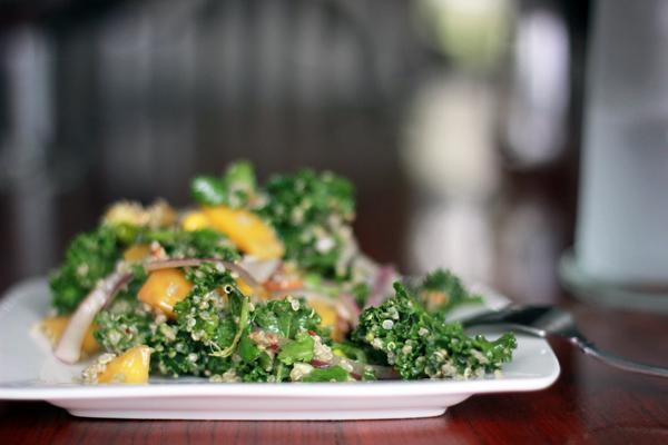kale_quinoa_mango_salad2